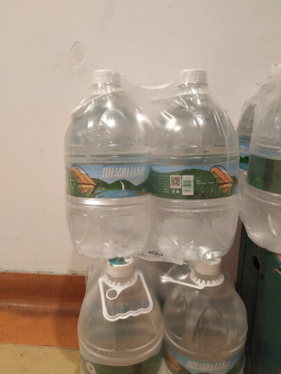 鼎湖山泉 饮用水4.5L*4瓶 整箱 新老包装随机发货 晒单图
