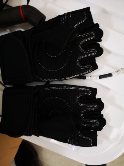 LAC健身手套男运动女护腕器械训练防滑透气夏半指单杠 镂空透气 黑色 L码 晒单图