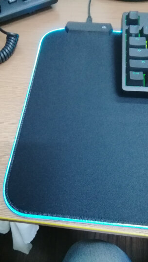灵蛇(LINGSHE)键盘清洁泥软胶 适用汽车出风口 网状物及各种缝隙  去尘Q1018黄绿色 晒单图