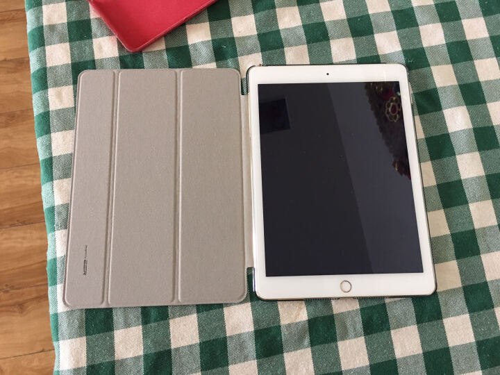亿色(ESR) 苹果iPad Air2/6保护套/壳 轻薄防摔三折支架皮套 咔Q系列 桃心紫公主【不适用iPad Air和iPad2】 晒单图