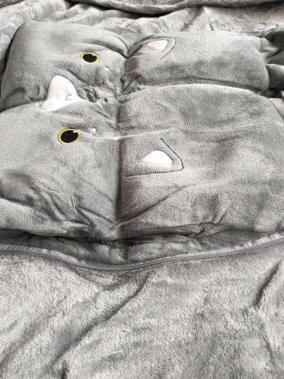 梦娅兹(MENyAZI) 卡通抱枕毛毯被子暖手宝三合一法兰绒毯抱枕办公室靠枕午睡毛毯被子 欢乐鱼 三合一40cm*40cm/展开105*160cm 晒单图