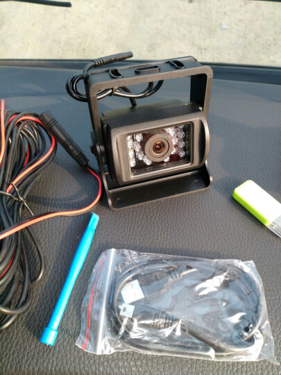 AIWALOT A1汽车货车7英寸车载GPS导航仪电子狗行车记录仪倒车影像蓝牙通话一体机 导航8G+16G(凯立德货车)固定测速+倒车+蓝牙 晒单图
