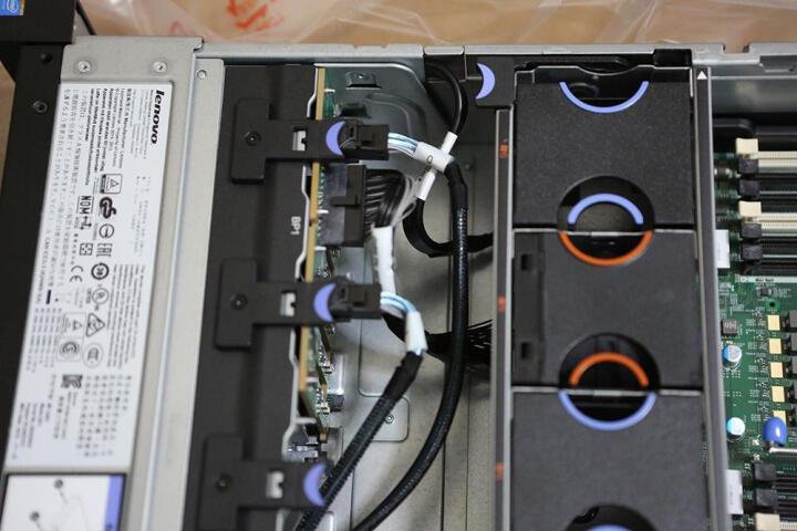联想(Lenovo) IBM服务器X3650M5 8871i05 2U机架式主机 双颗2603V4 6核1.7G CPU 配双电源 16G内存+2块1TB 7.2K硬盘 晒单图