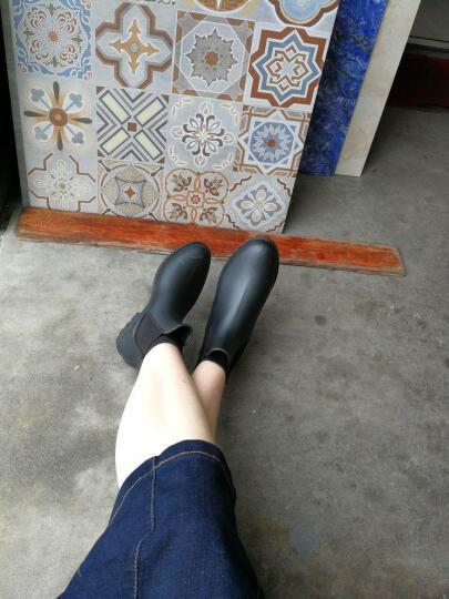 新款雨靴男女情侣款雨鞋时尚套鞋防滑防水学生短筒切尔西短款雨靴防水防滑短筒胶鞋 情侣款黑色 39 晒单图