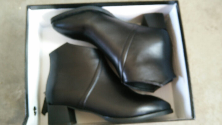 莱卡金顿女靴 2017新款冬季短靴女高跟粗跟马丁靴英伦女鞋 黑色6360(跟高7cm加绒有柳钉) 40标准码 晒单图