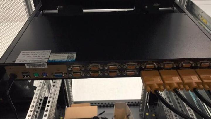三拓 KVM切换器8口1口4口16口17英寸多电脑级联切换器USB/PS2混接数字kvm切换器机架式 TL-1708 17英寸液晶 8口 晒单图