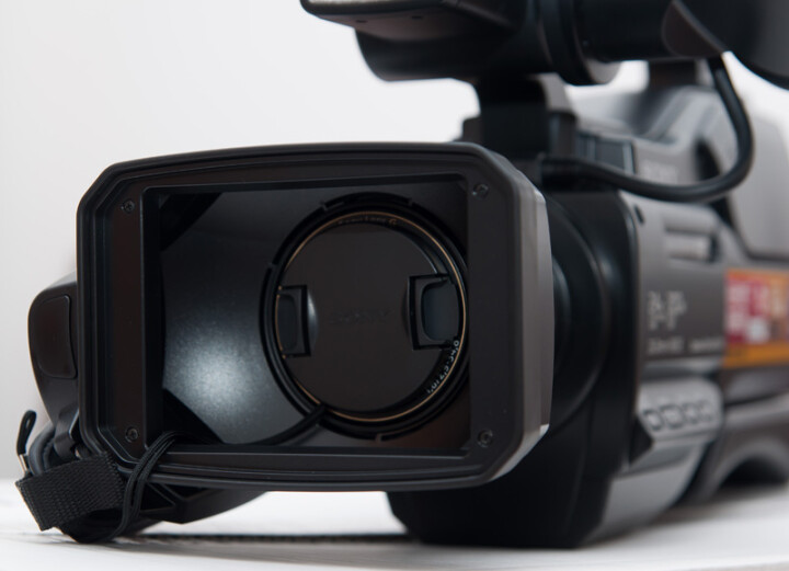 索尼(SONY)HXR-NX5R 新品 3片1/2.8英寸CMOS高清手持式摄录一体机 带3G-SDI接口 晒单图