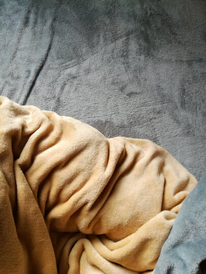 南极人家纺 加厚魔法绒四件套冬季保暖法兰绒被套珊瑚绒床单双面绒简约纯色床上用品 魔法绒-典雅灰 1.5m和1.8m床适用(被套200*230cm) 晒单图