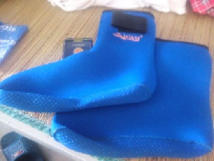 lelang/乐浪加厚湿式潜水袜 海岛浮潜防滑防沙防护打点潜水袜 冬泳保暖袜子袜套 蓝色 XS适合35码-36码 晒单图