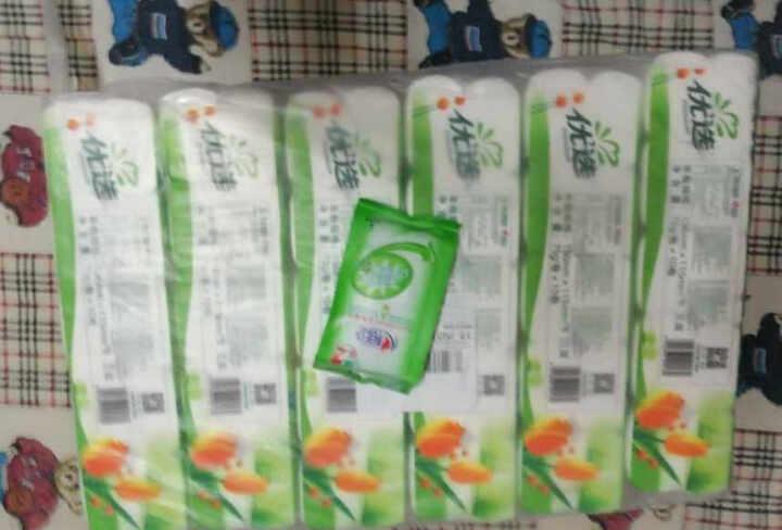 【沃尔玛】心相印 卫生湿巾 180mm*170mm*12片 新老包装随机配送 晒单图