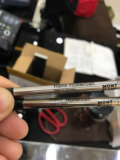 万宝龙(Montblanc)  星际行者系列 玫瑰金格子纹签字笔106868 晒单图