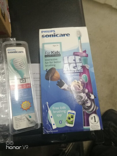 飞利浦(PHILIPS) 欧美进口飞利浦sonicare充电式超声波电动牙刷成人牙刷儿童 儿童炫彩牙刷HX6321 晒单图