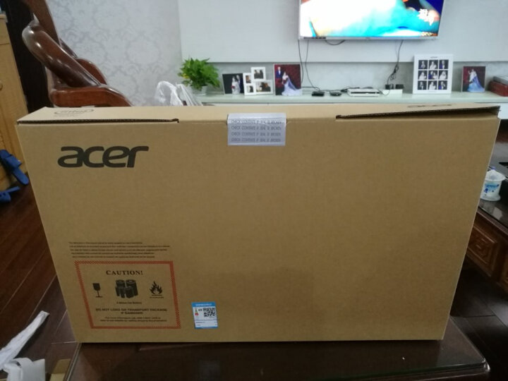 宏碁(Acer)蜂鸟Swift3全金属轻薄本15.6英寸笔记本电脑SF315(i5-8250U 8G 128GSSD+1T 标压MX150 2G独显 IPS) 晒单图