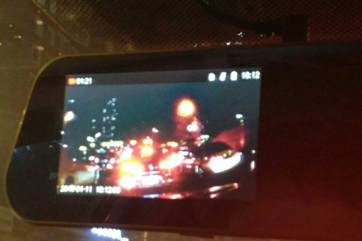 群华(vosonic)V15前后双镜头后视镜版高清广角夜视行车记录仪1080p 倒车可视一体机 晒单图