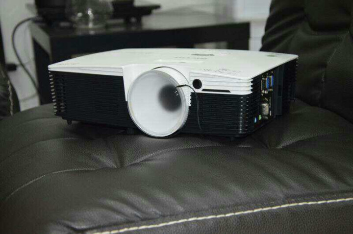 理光(RICOH) 投影仪高清商务办公培训教育投影 (KW3360升级版) KW3660 官配+激光笔 晒单图