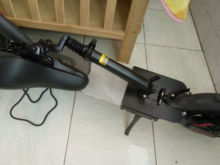 小五 小米米家电动滑板车专用座椅减震坐垫电动滑板车改装配件坐垫座位 黑色免打孔座椅 60KM 晒单图