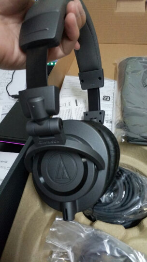 铁三角(Audio-technica)ATH-M50X MG 头戴式专业全封闭监听音乐HIFI耳机 哑灰色限量版 晒单图