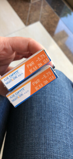 爱尔康视康近视隐形眼镜月抛3片盒装 水润日夜型 硅水凝胶进口 575度 晒单图