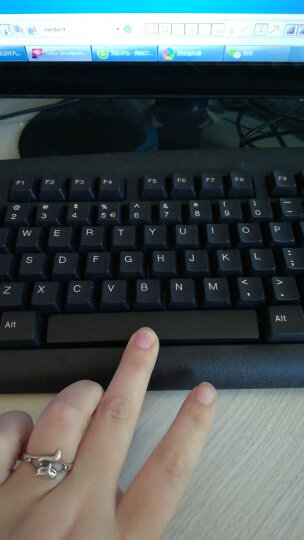 双飞燕(A4TECH) KB-8U 键盘 有线键盘 办公键盘 防水 104键 黑色 晒单图