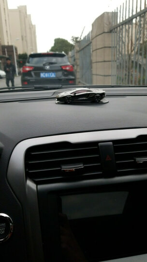 AMAT汽车香水座式车用车载香水摆件车模车内饰品用品 车模/香槟金 晒单图