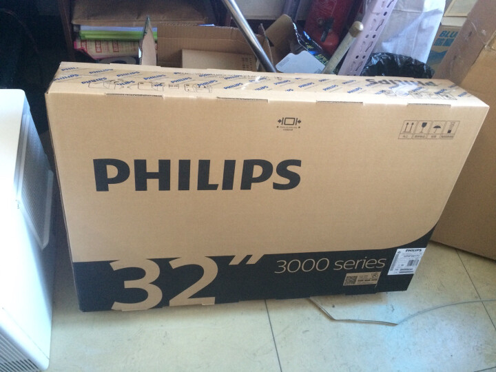 飞利浦(PHILIPS) 32英寸 LED平板电视 液晶电脑显示器 显示屏两用 黑色 底座+挂架 晒单图