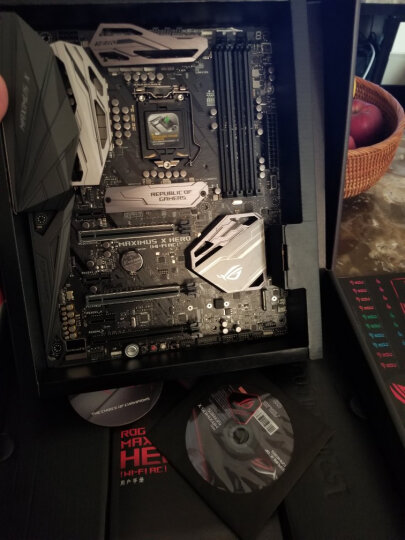 玩家国度(REPUBLIC OF GAMERS)MAXIMUS X HERO (WI-FI AC)  主板 M10H板载WIFI(Intel Z370/LGA 1151) 晒单图