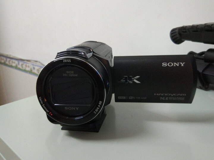 索尼(SONY)FDR-AX40 4K高清数码摄像机 内置64G内存 5轴防抖 20倍光学变焦 蔡司镜头 支持WIFI/NFC传输 晒单图