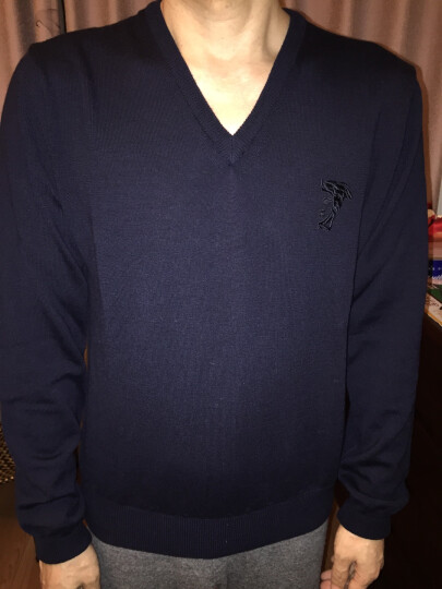 VERSACE范思哲男士V领针织毛衫毛衣多色可选V700472S羊毛材质建议干洗 深蓝色 M 晒单图