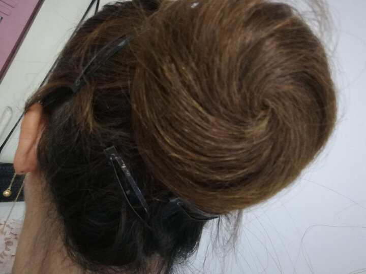 芙妮菲儿(fairily) 真发包 丸子头假发包女盘发花苞头真人发丝发圈皮筋蓬松假发发包 真发直发包-浅棕色 晒单图
