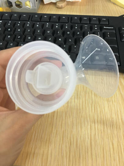 优合(youha) 一体式电动吸奶器液晶显示屏可充电自动挤奶器无线吸奶器 晒单图