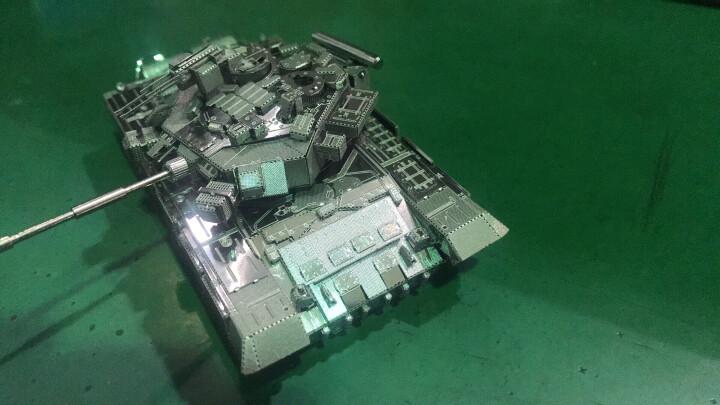 拼酷3D金属立体拼装拼插模型玩具拼图DIY创意礼物世界军事模型家居摆件饰品 狂风战斗飞机-银色(送工具) 晒单图
