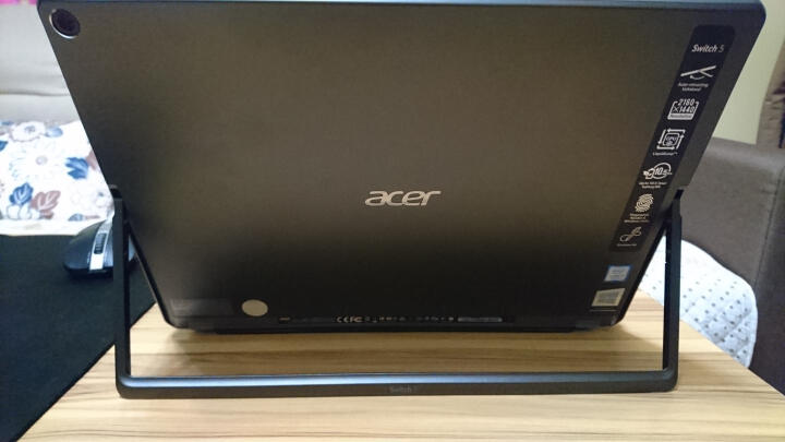 宏碁(acer)Switch 5 12英寸二合一平板电脑(i5-7200U 8G 256GPCIe 2160x1440 IPS 10点触控 笔 背光键盘) 晒单图