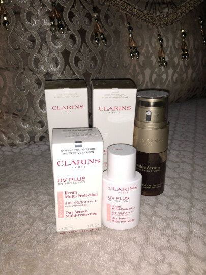 娇韵诗CLARINS 抗污染透白防晒霜 SPF50 (粉紅色)30ml改善泛黄清透隔离均匀肤色 晒单图