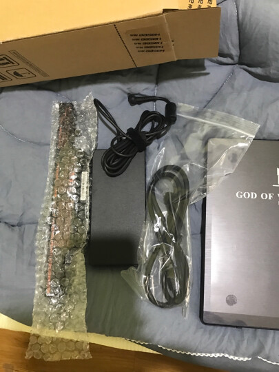 神舟(HASEE)战神K670E-G6D1 GTX1050 4G独显 15.6英寸游戏笔记本电脑(i5-7400 8G 1T+128G SSD 1080P)IPS屏 晒单图