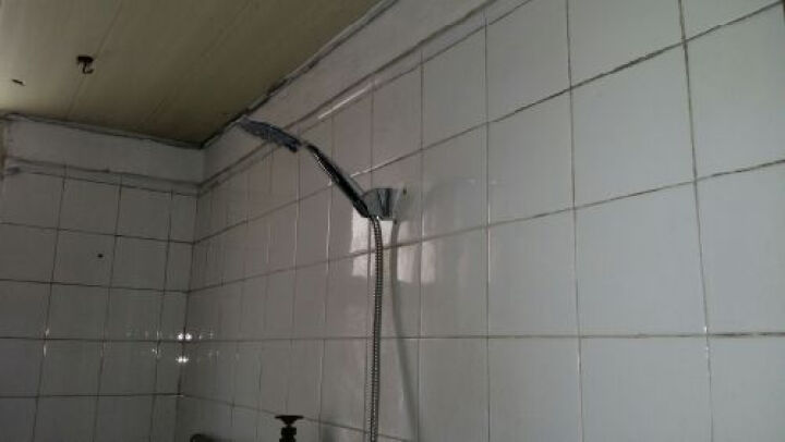 EASO英仕卫浴 超薄专利手持多功能淋浴花洒喷头 浴室洗浴喷淋头莲蓬头 花洒头+软管+插座 晒单图