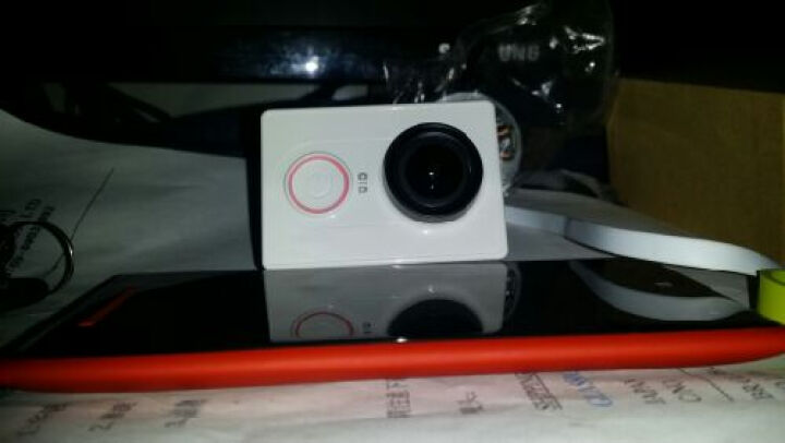 小蚁(yi)运动相机 小蚁智能运动摄相机数码相机遥控拍照防抖 基础版(都市白)+32G卡+自拍杆+蓝牙遥控器 晒单图
