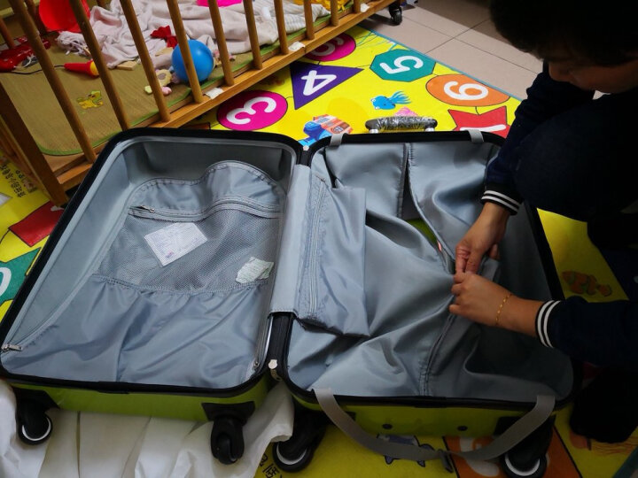 美旅拉杆箱 休闲男女行李箱超轻大容量水果色时尚万向轮旅行箱硬箱 25英寸密码锁94Z苹果绿 晒单图