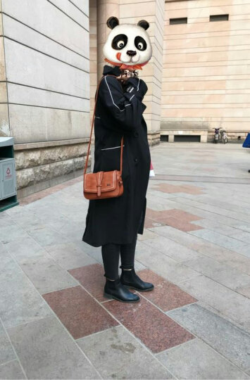 芭比(Barbie)女包 时尚百搭车缝线包包潮流纯色单肩邮差包 复古学院风斜挎包女 小包 沉稳棕色 晒单图