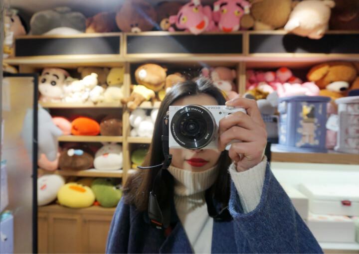 索尼(SONY)ILCE-6000L APS-C微单数码相机标准套装 白色(约2430万有效像素 E PZ 16-50mm镜头 a6000) 晒单图