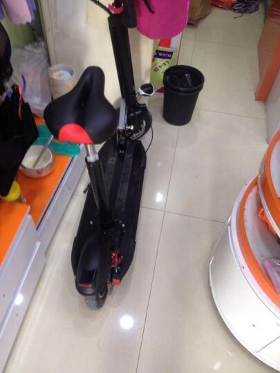 迈克威 电动滑板车 随身车代步车 时尚滑板车 可折叠便携迷你电动车 黑色充气轮 时尚女生款6-8km 带坐垫 晒单图
