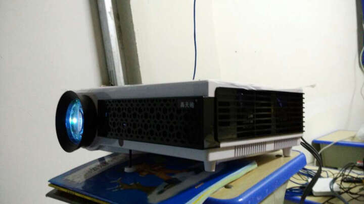 轰天砲 LED-96+ 高清家用家庭投影仪支持1080P智能无线投影机微型投影仪办公 LED96+ 智能安卓WIFI 晒单图