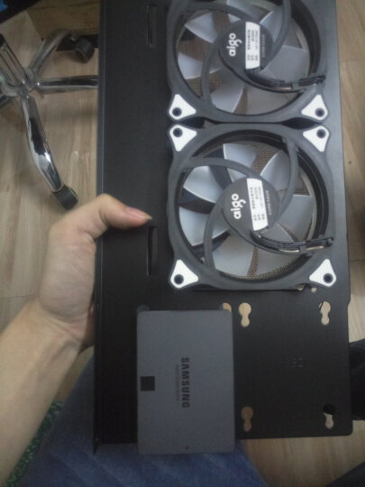 乔思伯(JONSBO)U4 湖蓝 ATX机箱 (支持ATX主板/高塔散热器/ATX电源/全铝外壳/5MM厚度钢化玻璃侧板) 晒单图