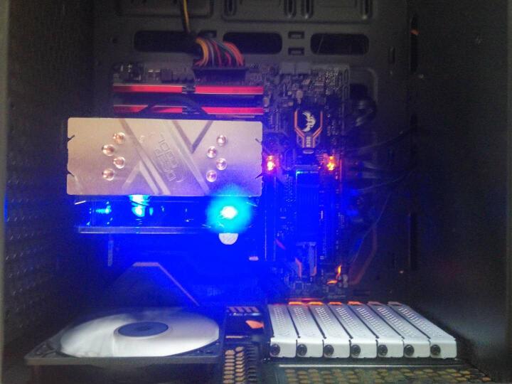先马(SAMA)黑洞 玻璃版 电脑游戏主机箱 (标配3把风扇/ATX-Ⅱ结构/宽体侧透/支持水冷/高散热器/长显卡) 晒单图