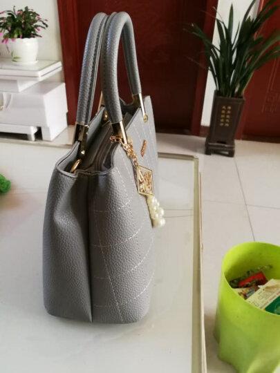 淑女芭莎(SHUNVBASHA)单肩包女包上新时尚简约挂件斜跨手提包包8902 灰色 晒单图
