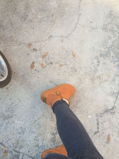 狄妮诗 冬季雪地靴女磨砂牛皮加厚雪地棉鞋时尚平底短靴皮带扣保暖女鞋子 巧克力色 37 晒单图