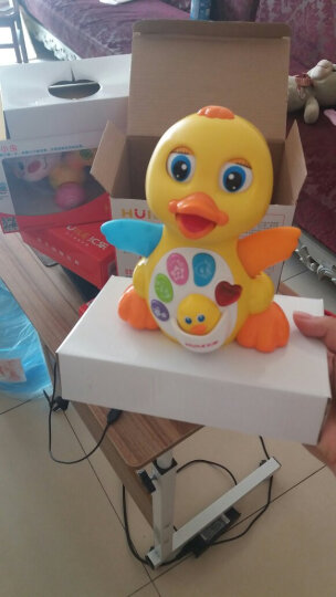 汇乐808 EQ摇摆大黄鸭 婴幼儿童电动卡通音乐万向益智动物玩具 晒单图