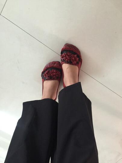 戈缇漫 浅口真皮平底单鞋女春季圆头大码女鞋软底休闲镂空透气中老年妈妈鞋 8306红色花朵款 37 晒单图