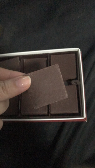 lindt瑞士莲进口经典薄片黑+牛奶巧克力125克x2盒礼盒装 休闲零食品 经典黑125g*2盒 晒单图