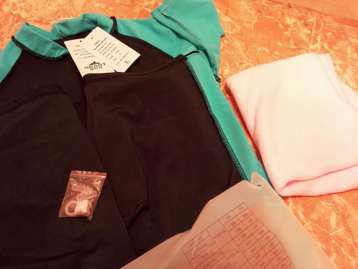 鲨巴特(SBART) 泳衣女连体潜水冲浪防晒修身保守短袖带胸垫泳衣 1007女黄色有胸垫 M 晒单图