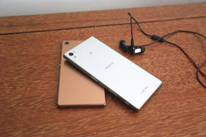 索尼(SONY) Xperia Z5尊享版 DUAL E6883  移动联通双4G手机 镜像银 晒单图
